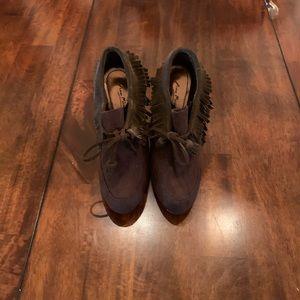 Anne Michelle brown tie up suede short boots